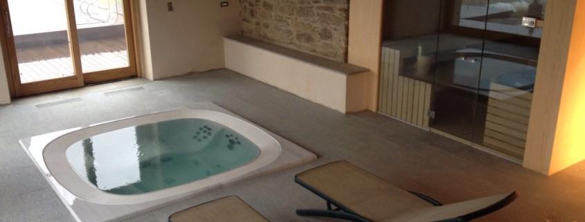 Mini piscina con ido massaggio e sauna
